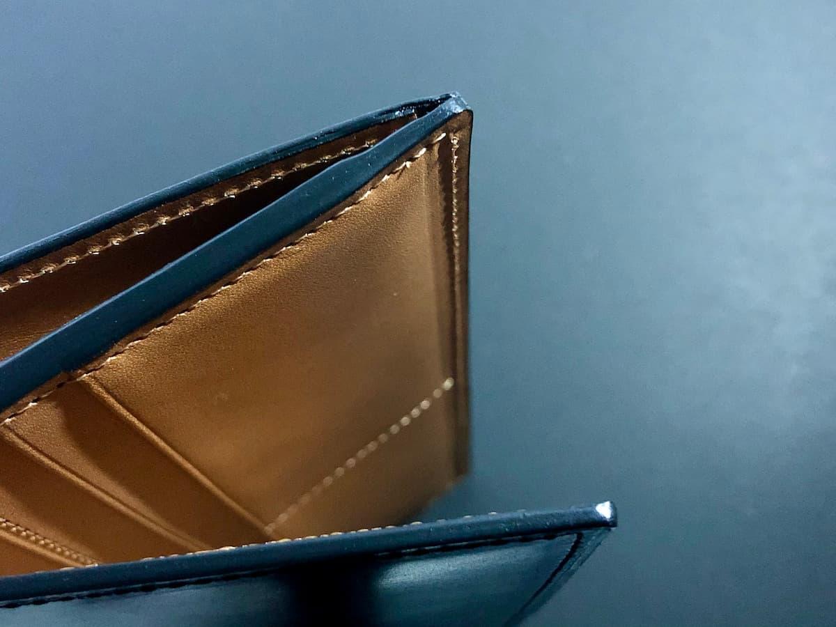 crafsto(クラフスト)のブライドルレザー革財布のステッチ