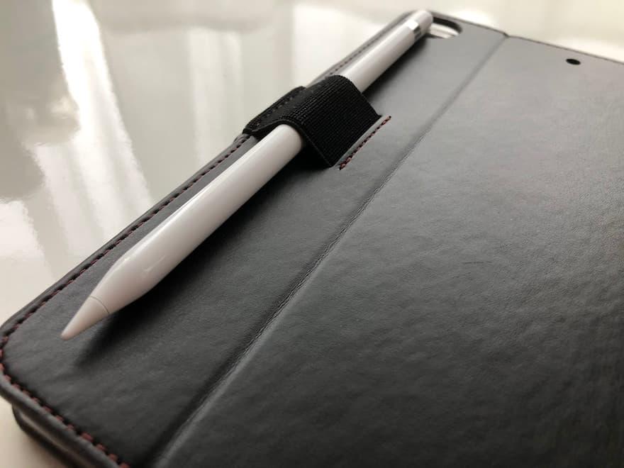 ペンホルダー付きでApple Pencilを収納可能