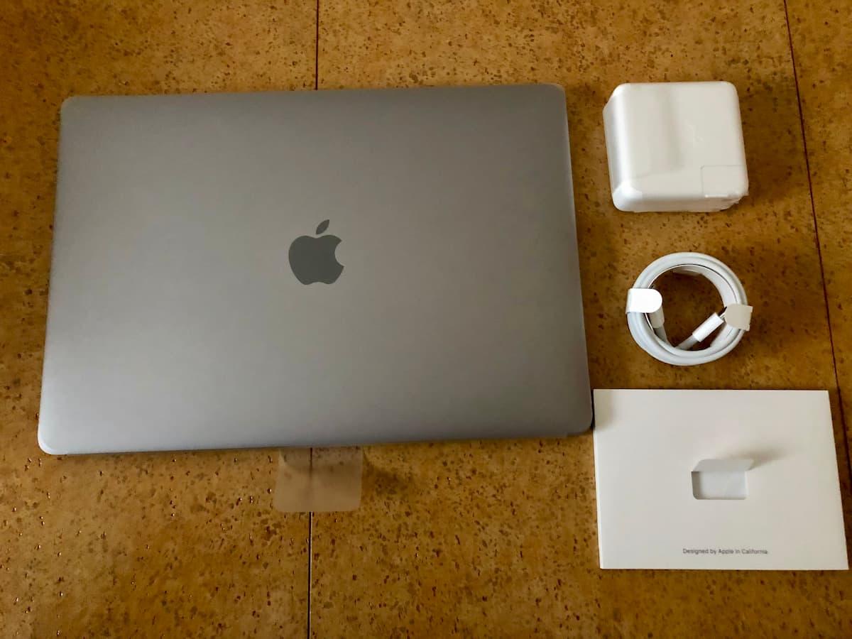 『13インチMacBook Pro(2018)』の付属品